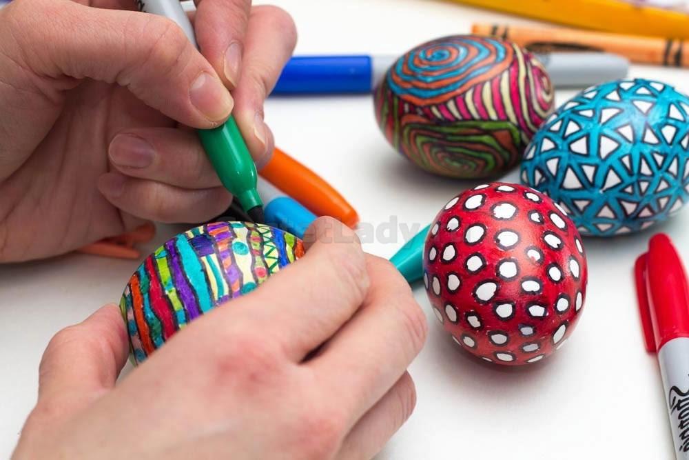 необычные украшения яиц