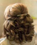 Крупные локоны на средние волосы