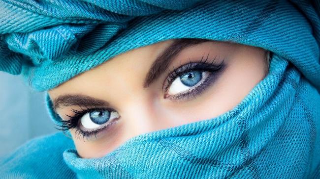 взгляд женщины