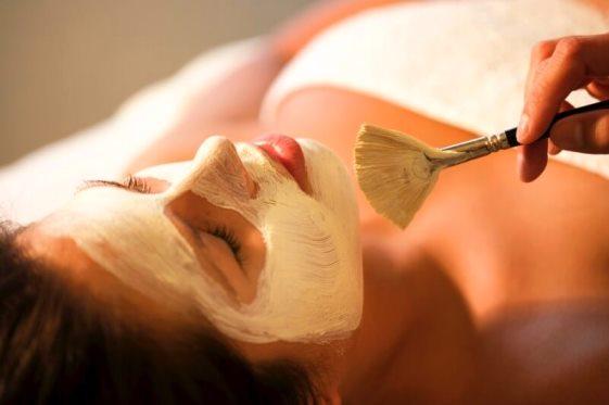 спа-процедура = маска из соловьиного помёта