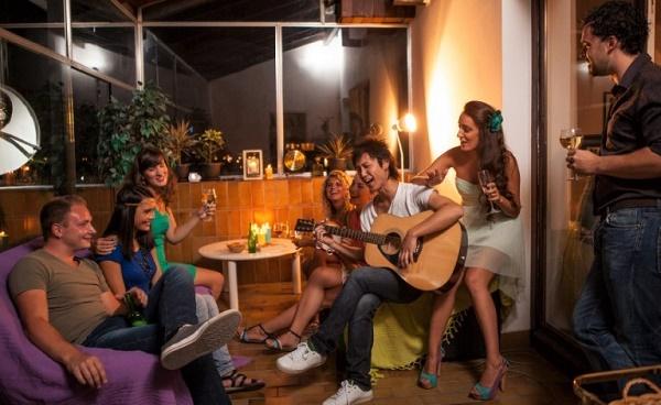 вечеринка в квартире