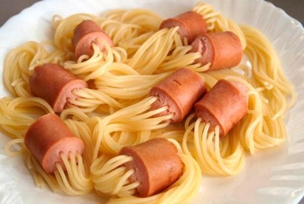 макароны с сосисками - быстрые блюда за 5 минут