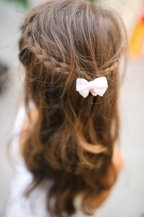 Легкие прически на средние волосы в школу